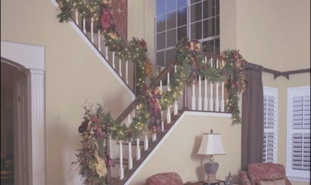 Christmas Home Decor Stairs Beautiful 30 Beautiful Christmas Stairs Decoration Ideas