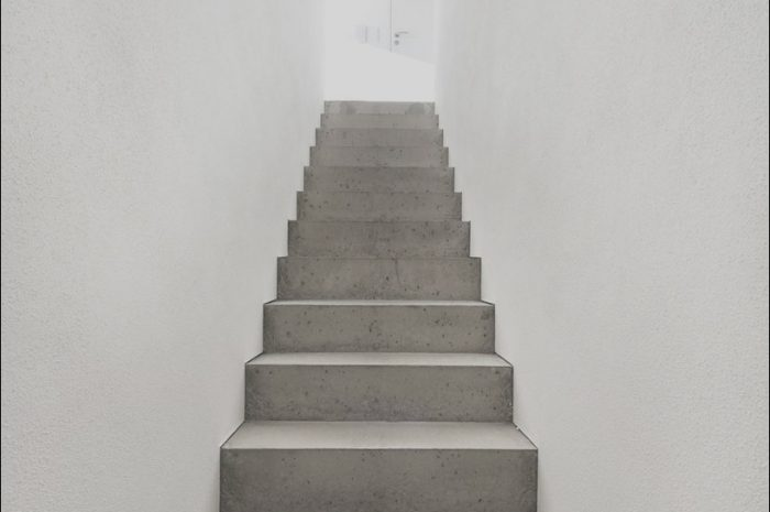 13 Artistic Concrete Stairs Interior Photos