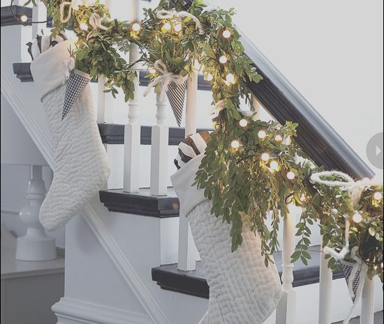 12 Charming Decorating Stairs Xmas Collection