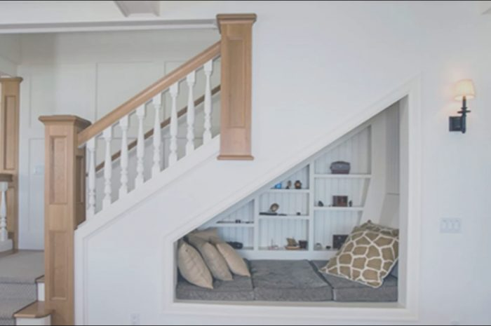 14 Lovely Ideas for Under Stairs Decorating Photos