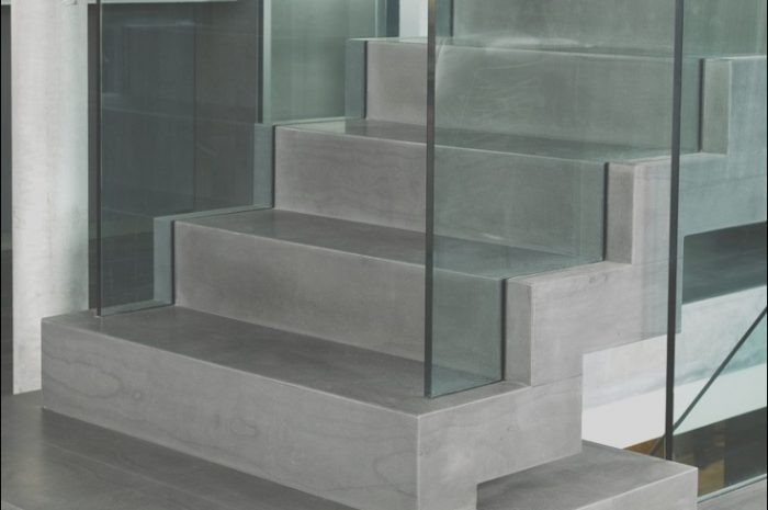 11 Favorite Minimalist Concrete Stairs Photos