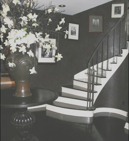 13 Casual Modern Black and White Stairs Gallery