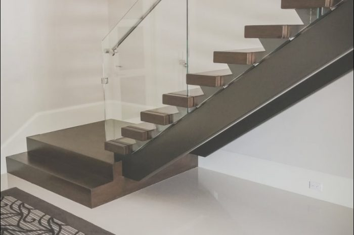 12 Classy Modern Stairs with Glass Railing Photos