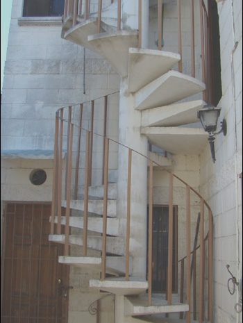 10 Newest Moving Furniture Up Spiral Stairs Stock