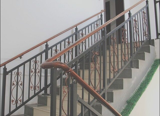 13 Limited Stairs Wooden Zinc Photos