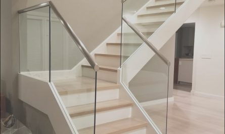Glass Panels for Interior Stairs Unique Slim Base Glass Railing is An Innovative Way Of attaching