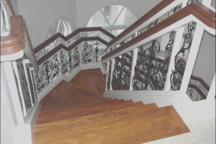 8 Qualified Narra Stairs Design Photography