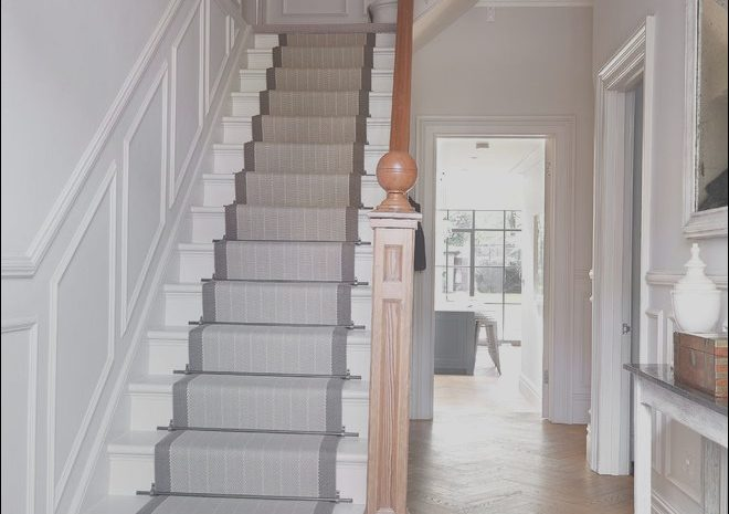 13 Entertaining Runners for Stairs Ideas Photos