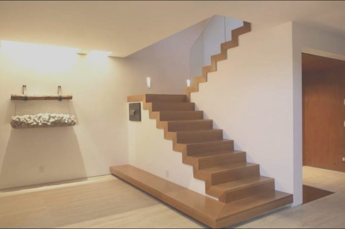 13 Classy Simple Stairs Design Image