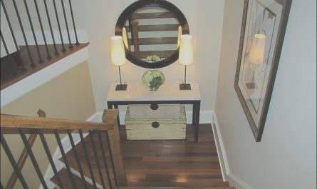Stairs and Landing Decor Ideas Elegant Inexpensive Bedroom Decorating Ideas Stairway Wall