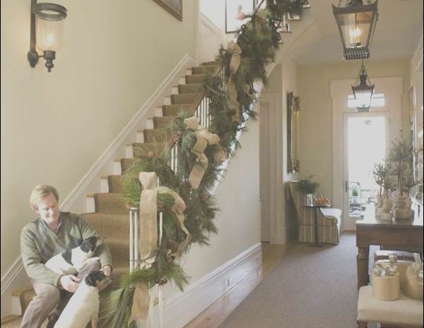 12 Decent Stairs Garland Ideas Gallery