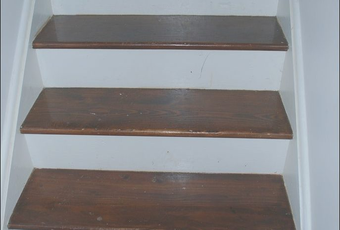 13 Antique Stairs Wood Refinishing Photos