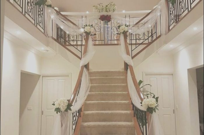 9 Trending Wedding Decor for Stairs Photos