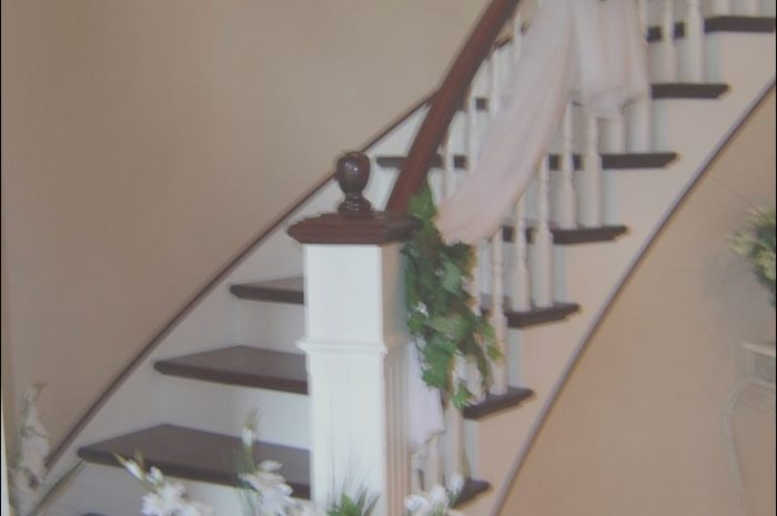 10 Complete Wedding Decor Stairs Photos