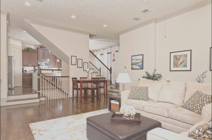 8 Average Basement Layout Ideas with Stairs In Middle Photos