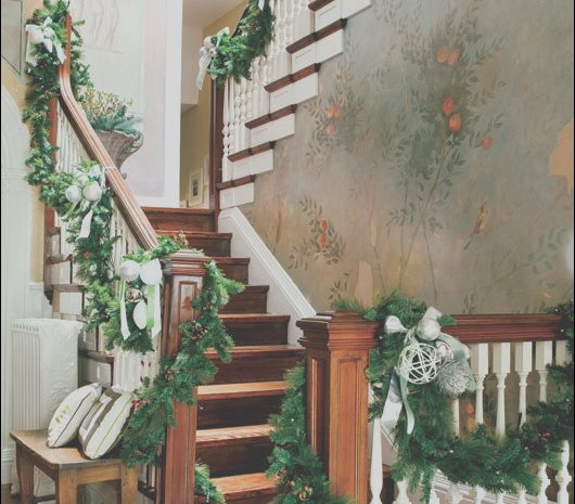 7 Beneficial Christmas Decorations Stairs Ideas Photos