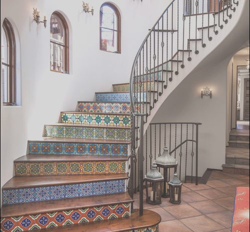 15 Antique Decor Going Up Stairs Photos