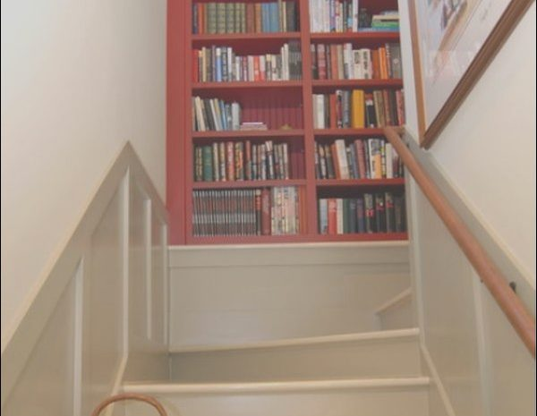 6 Terrific Decorating Ideas for Stairs and Landing Gallery