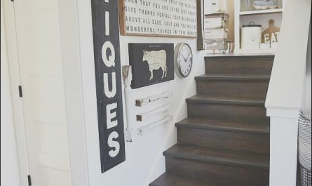 Farmhouse Staircase Decor Awesome Farmhouse Style Staircase Gallery Wall Liz Marie Blog