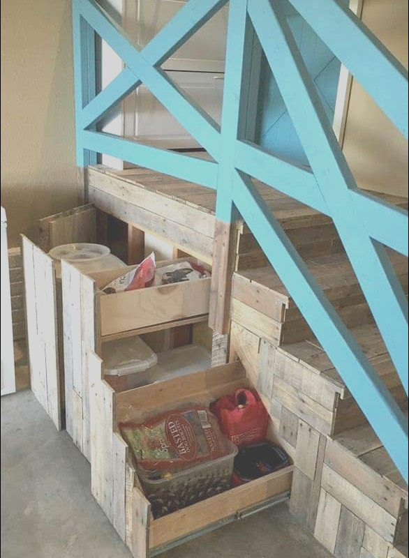 Garage Stairs with Storage Beautiful Garage Stairs Makeover with Pallets • 1001 Pallets