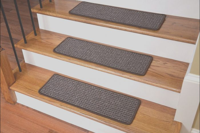 15 Superb Modern Carpets for Stairs Photos