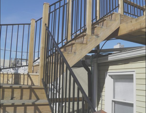10 Clever Roof Deck Stairs Image