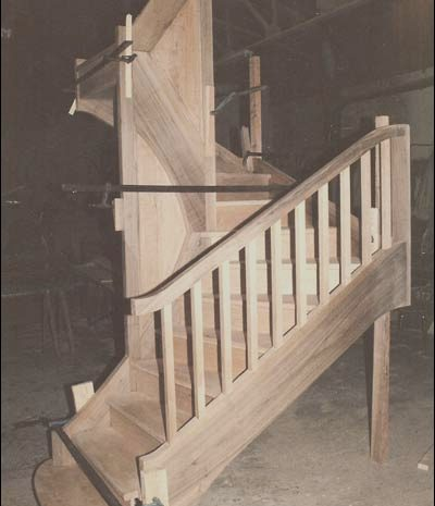 15 Basic Wooden Stairs Joints Photography