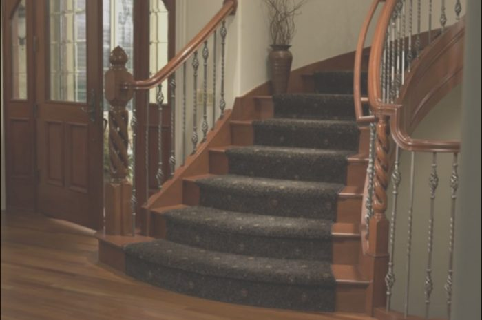 8 Positive Wooden Stairs with Runner Gallery