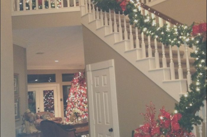 10 Complex Xmas Decor In Stairs Stock