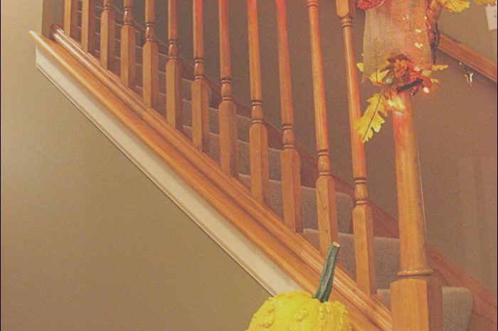 4 Petite Decorating Stairs with Pictures Collection