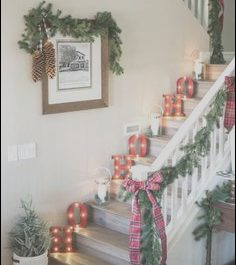 Diy Decorating Stairs for Christmas New 1318 Best Christmas Decorating Ideas Images In 2018