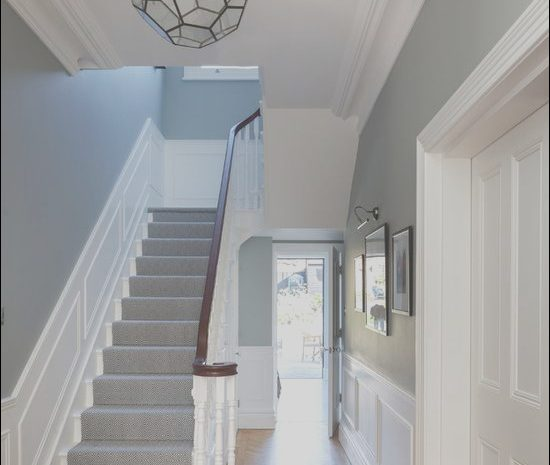 5 Typical Hall and Stairs Decor Ideas Photos