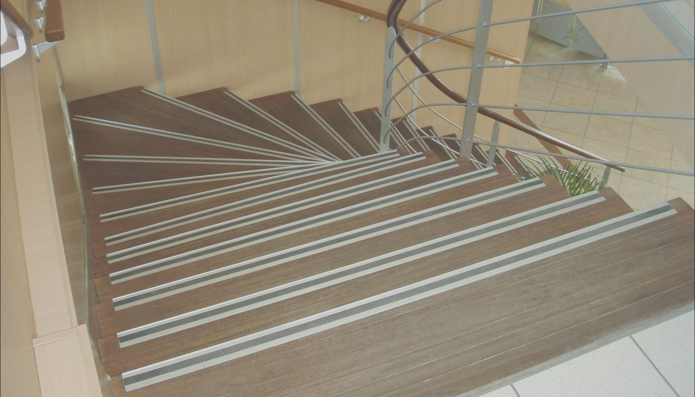 Lowes Garage Stairs Lovely Inspirations Cozy Outdoor Stair Treads Lowes Design
