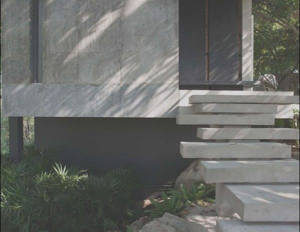 13 Pleasing Modern Concrete Stairs Photos