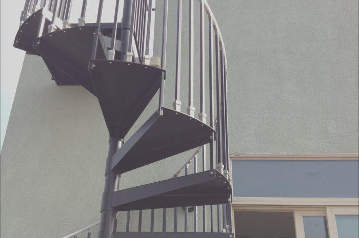 8 Peaceful Spiral Stairs to Roof Deck Photos