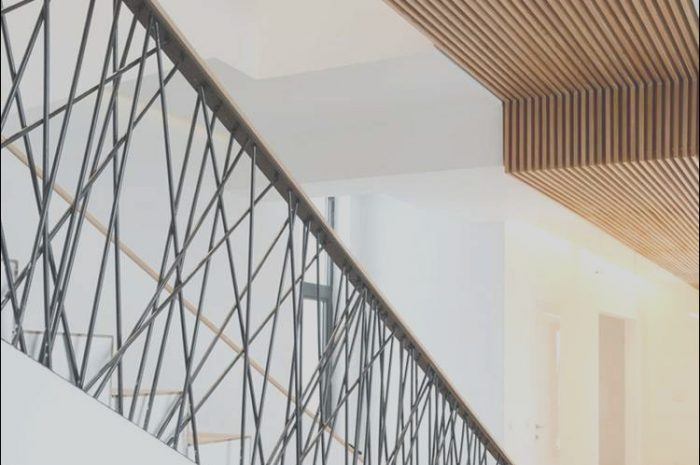 14 Casual Stairs Handrail Decorations Image