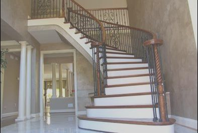 Stairs Landing Decorating Beautiful Hall Stairs and Landing Decorating Ideas Hall Stairs and