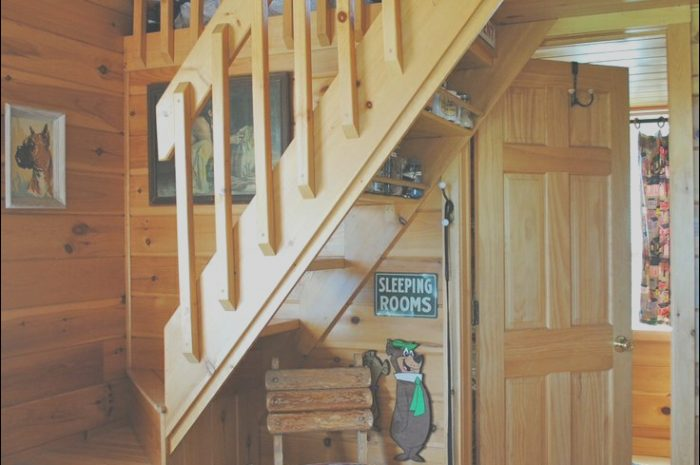 8 Natural Tiny House Stairs Ideas Photos