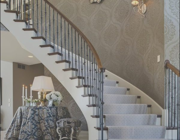 8 Stunning Wall Decor Along Stairs Photos