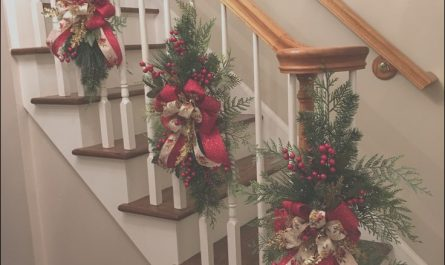 Xmas Decor Ideas for Stairs Best Of Christmas Staircase Swags