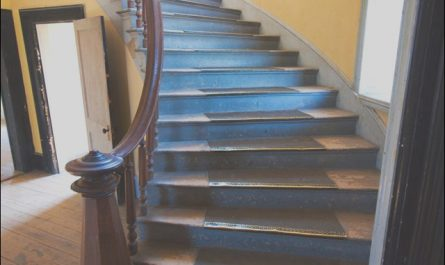 Best Decor for Stairs Awesome How to Choose the Best Carpet for Stairs