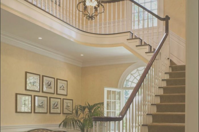 14 Amazing Entrance Stairs Interior Photos