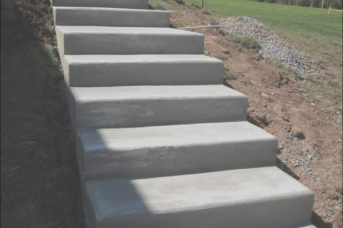 15 Limited Exterior Concrete Stairs Design Photos