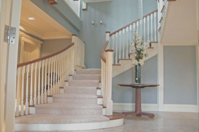 10 Average Hall and Stairs Interior Design Photos