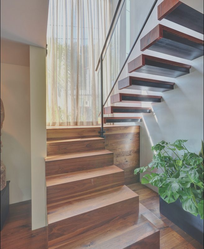 Modern Stairs with Landing Lovely 25 Modern Staircase Landing Decorating Ideas to Get Inspired