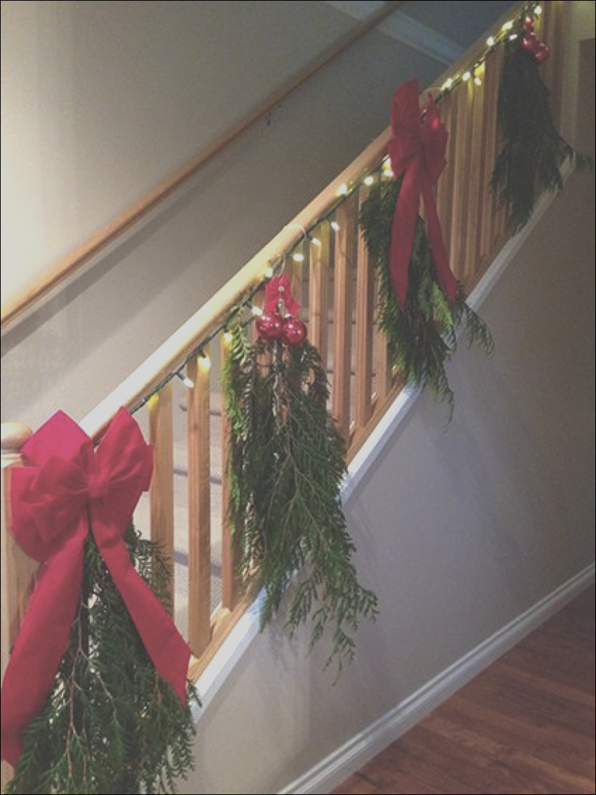 christmas staircase ideas for decorating