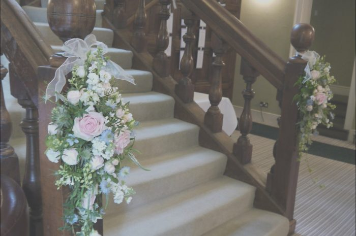 8 Remarkable Decorating Stairs for A Wedding Stock