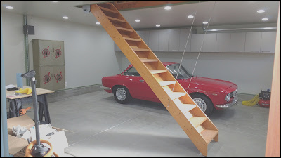 the garage attic retracting stairway