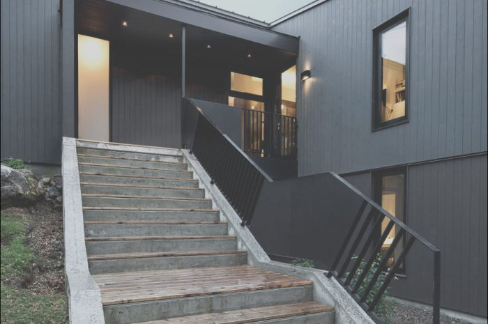 15 Premium Modern Exterior Stairs Collection