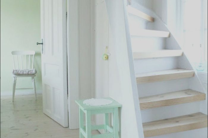 14 Latest Modern Stairs for Small Spaces Photos